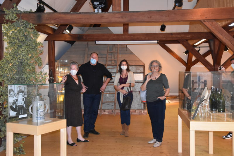 v. l.: Renate Buchberger, Erhard Grundl, Olivia Kreyling, Erika Riedmeier-Fischer (Foto Harry Bruckmeier)